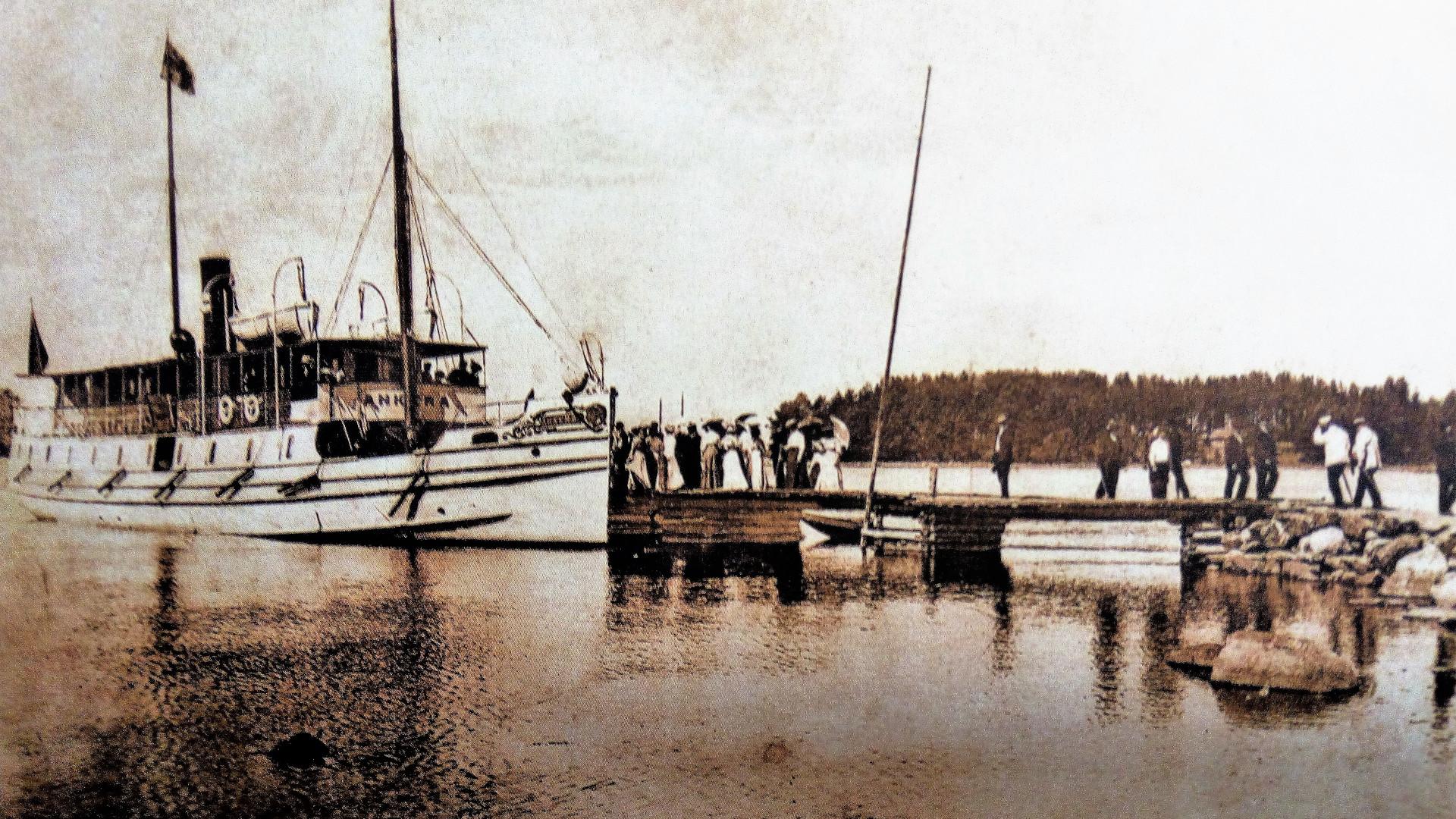 Bromarv ångbåt